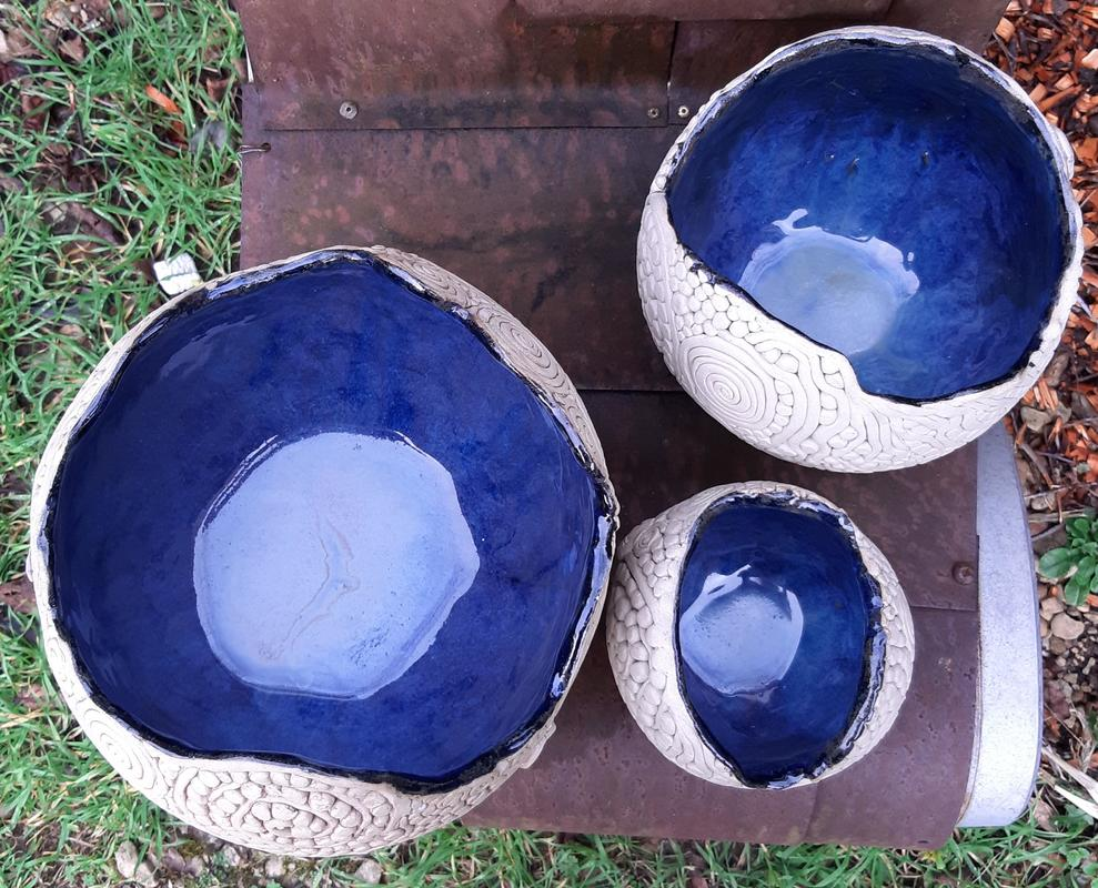 3 sizes blue,round stoneware pots  with coils&dots