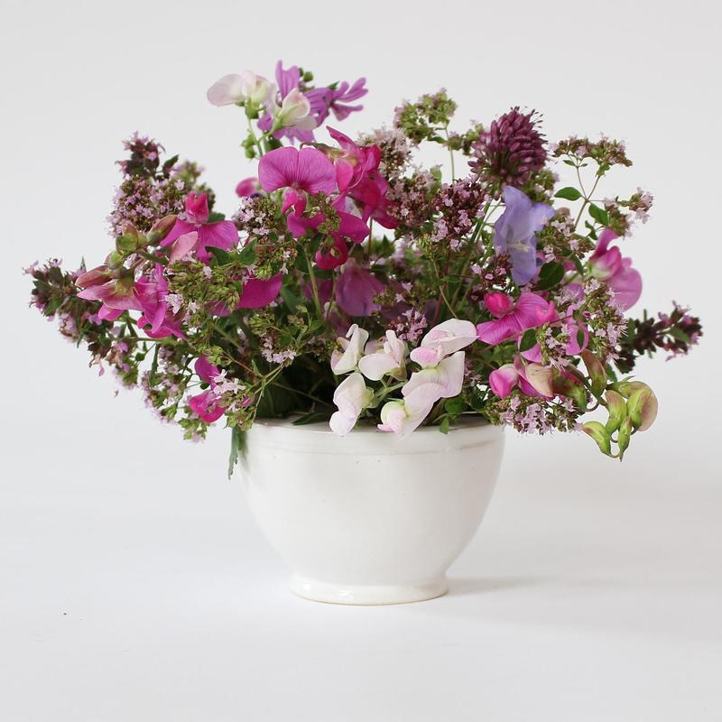 Flower bowl with insert