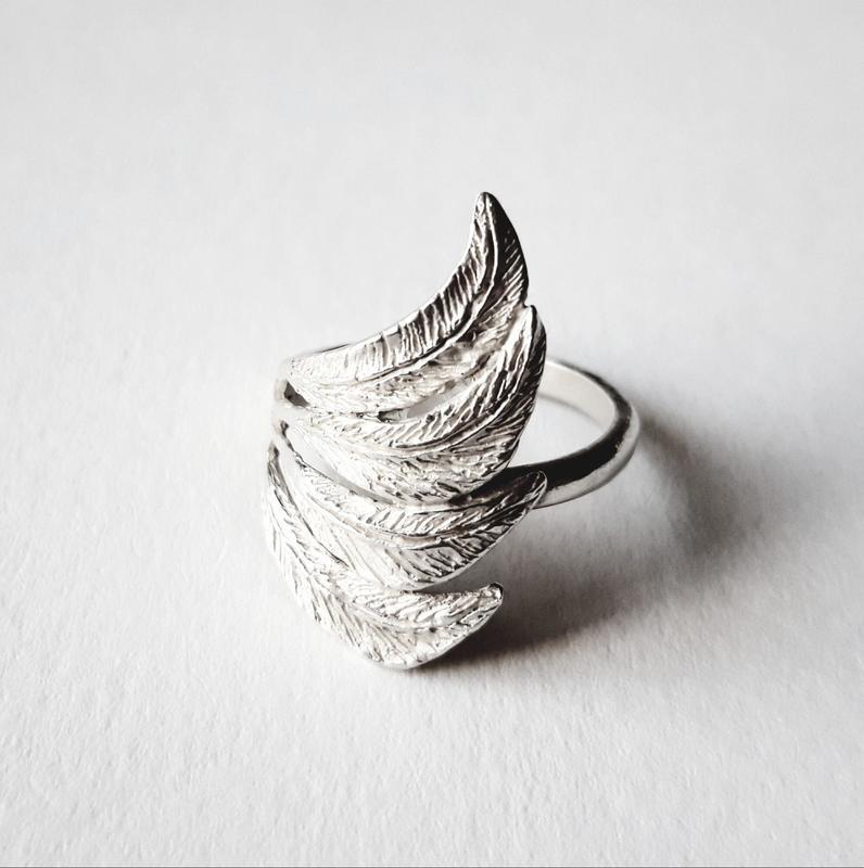 'Fly Away' Ring, sterling silver, Chloe Romanos