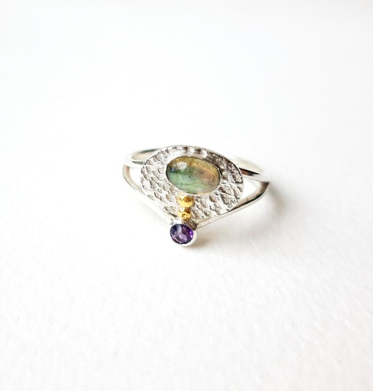 'Mycenae' Ring, sterling silver, oval labradorite and facetted amethyst, Chloe Romanos, £95