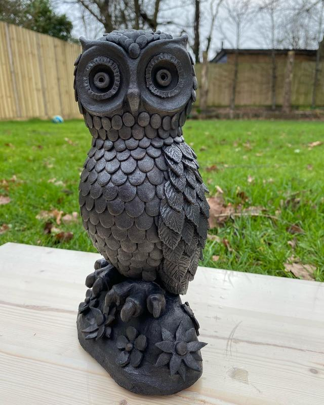Owl finished with bronzing technique