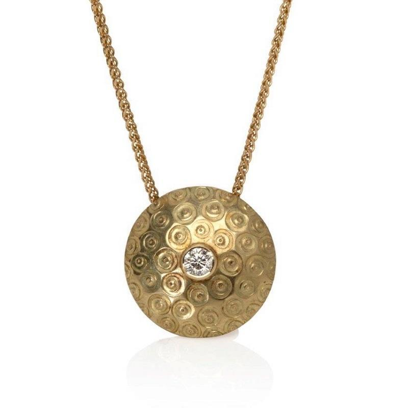 18ct gold & diamond pendant.