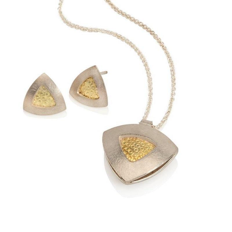 Silver & 18ct gold pendant and earrings.