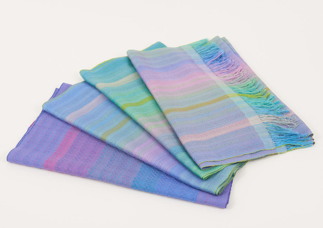 scarves woven in silk or cashmere and silk