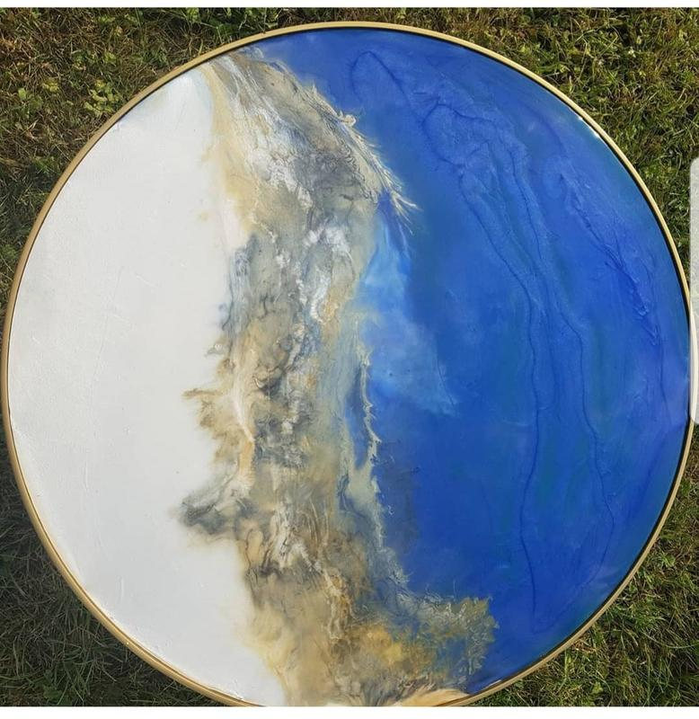 Yin and Yang style table