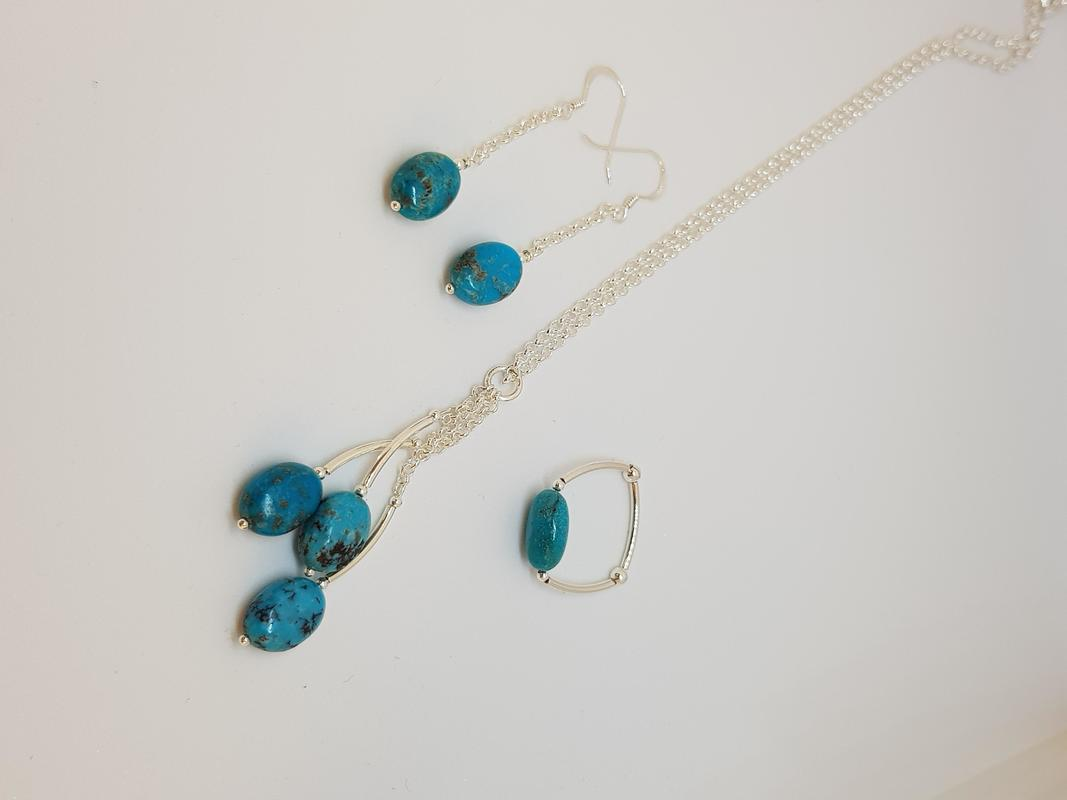 Turquoise and sterling silver set. U.S.A.Turquoise.
