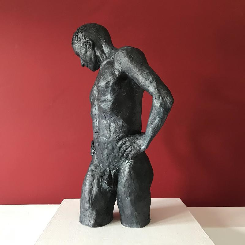 Mike H44 W 30 D19cms