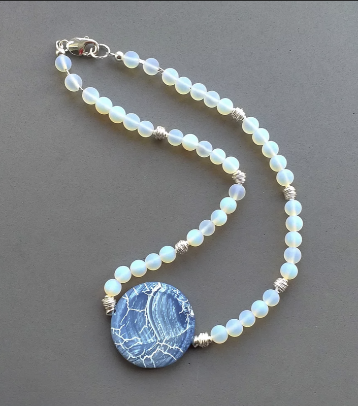 Frosted opalite & silver necklace with agate focal bead £65