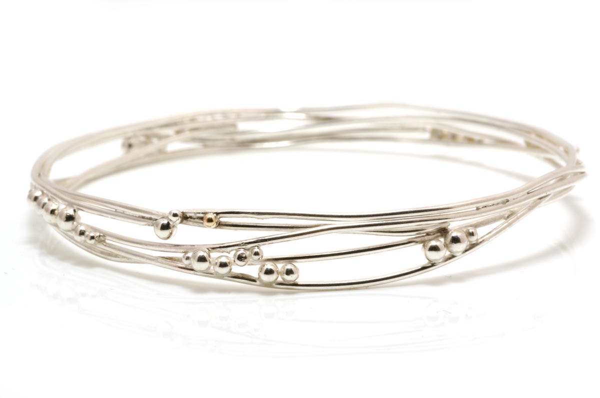 Bracelet silver with silver beads