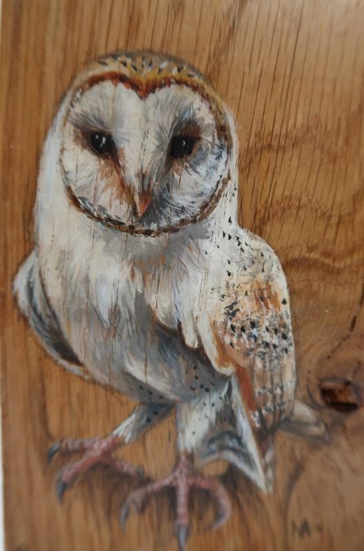 square wooden blook with Owls.