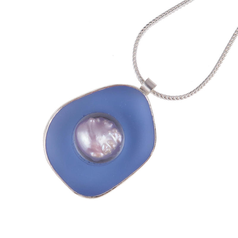 Rockpool pendant with pearl £160 Sally Spencer
