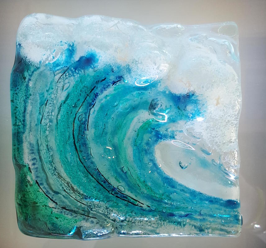 Bigger wave in fused glass