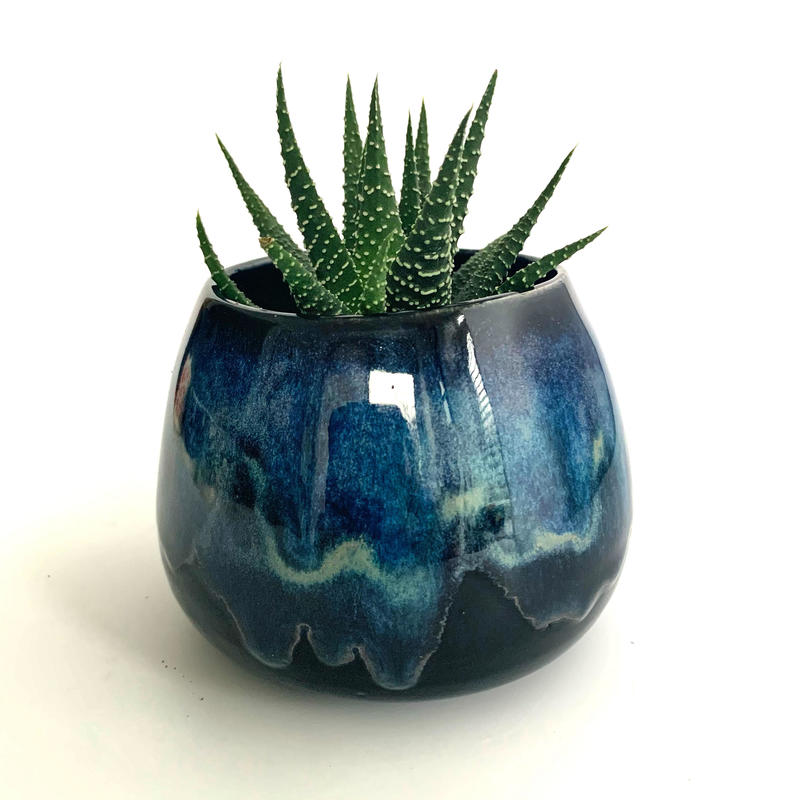 Stoneware planter with layered glazing