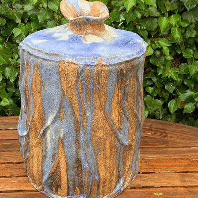Large cobalt blue streaked lamp base
