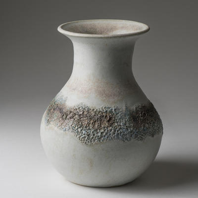 Vase with ring of volcanic glaze